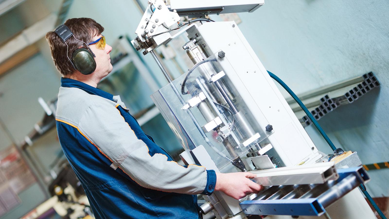glazing manufacturers